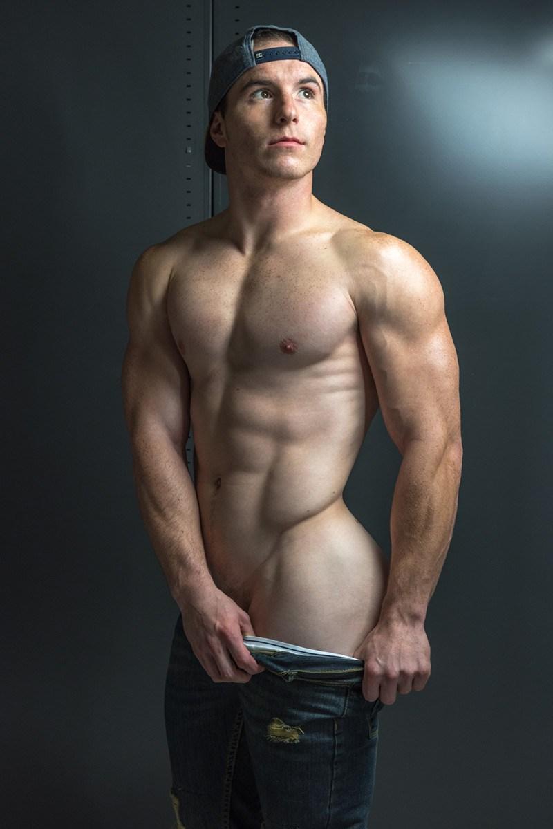 2018072113165089 - 欧美肌肉男模 George Smith 健身教练和企业家