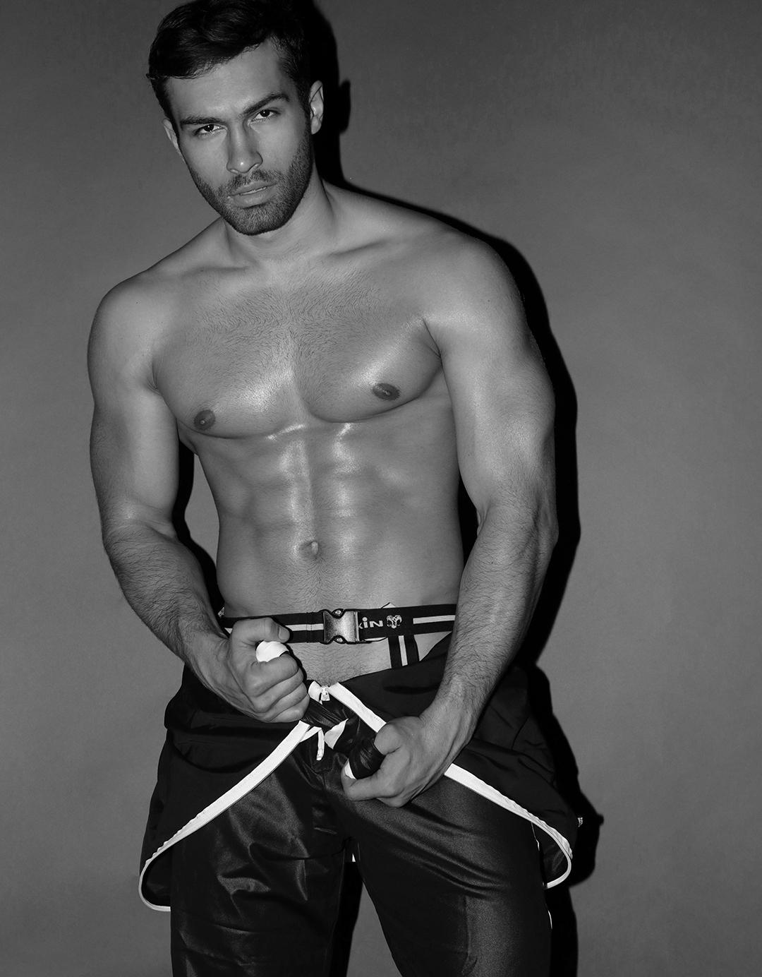 201807221051509 - 美国健身肌肉男模 Łukasz Zarazowski