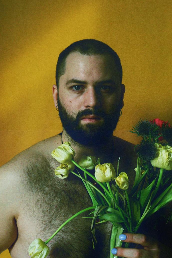 Joseph Wolfgang Ohlert 1 mini - Portraits at home by James Barnett, a series against yellow黄色背景的艺术