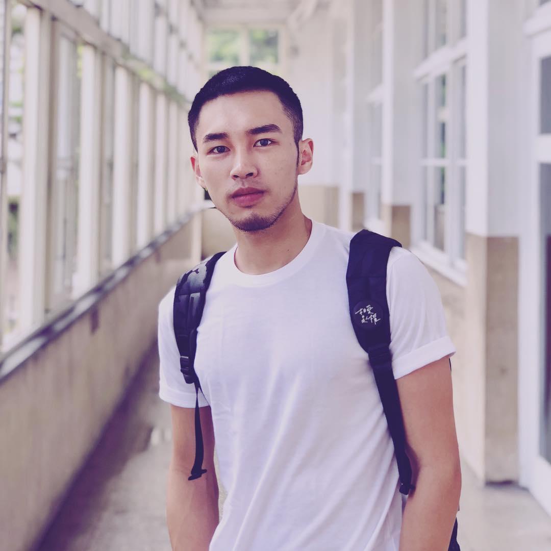 2018081211071122 - 亚裔平面艺术男模:姜皓文