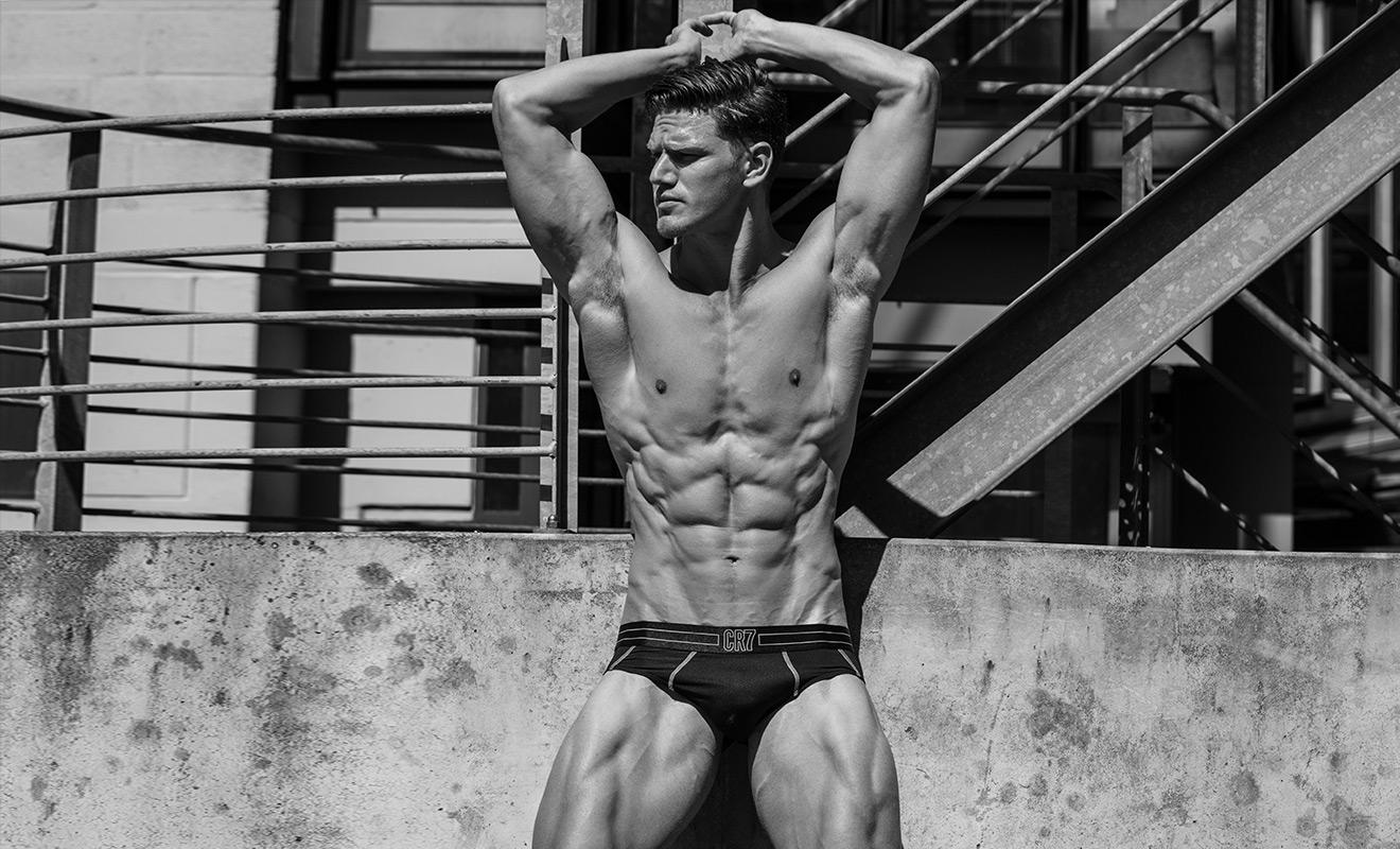 2018081303011947 - 别人家的健身加老师系列2 - Kevin Vreeburg