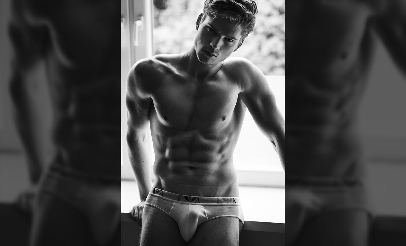 2018081403134780 - 德国帅气肌肉男模 Martin Böldl / Georg Mayr摄影作品