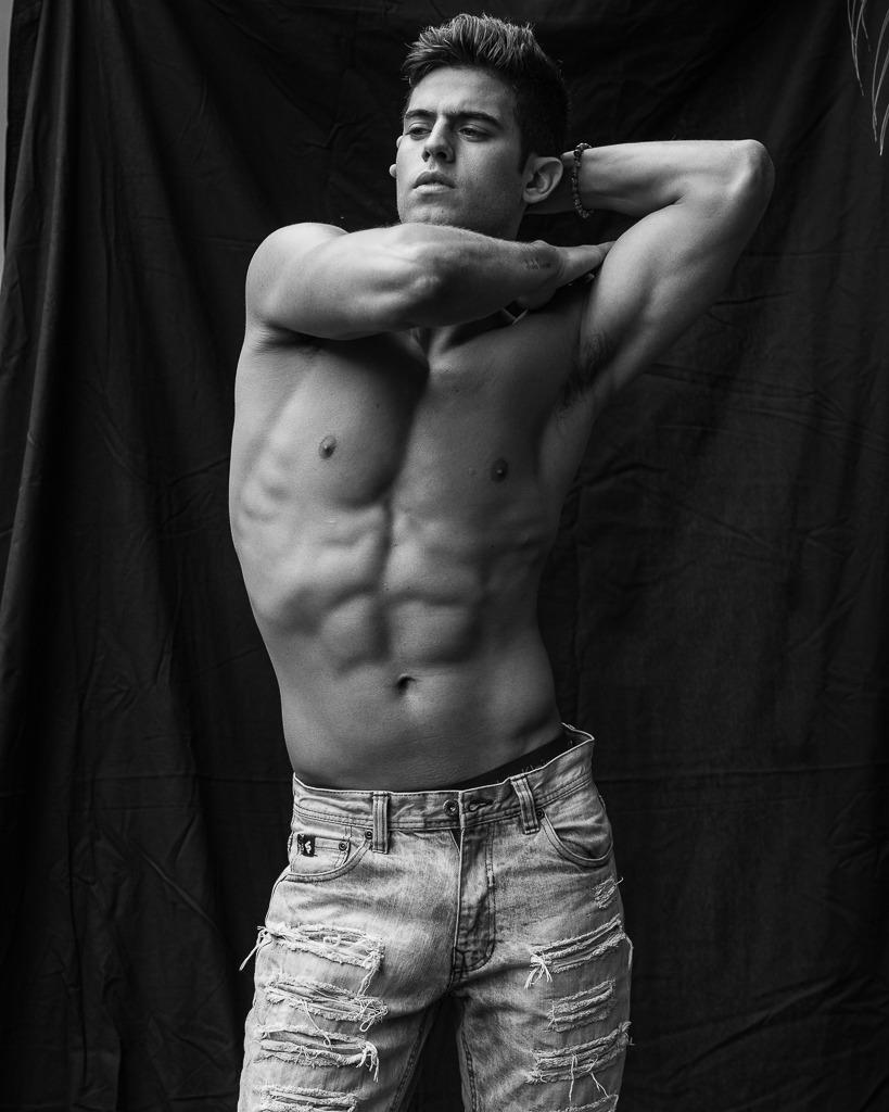 201808201154147 - 黑白巴西肌肉男模 Andre Brunelli / Leandro Enne摄影作品