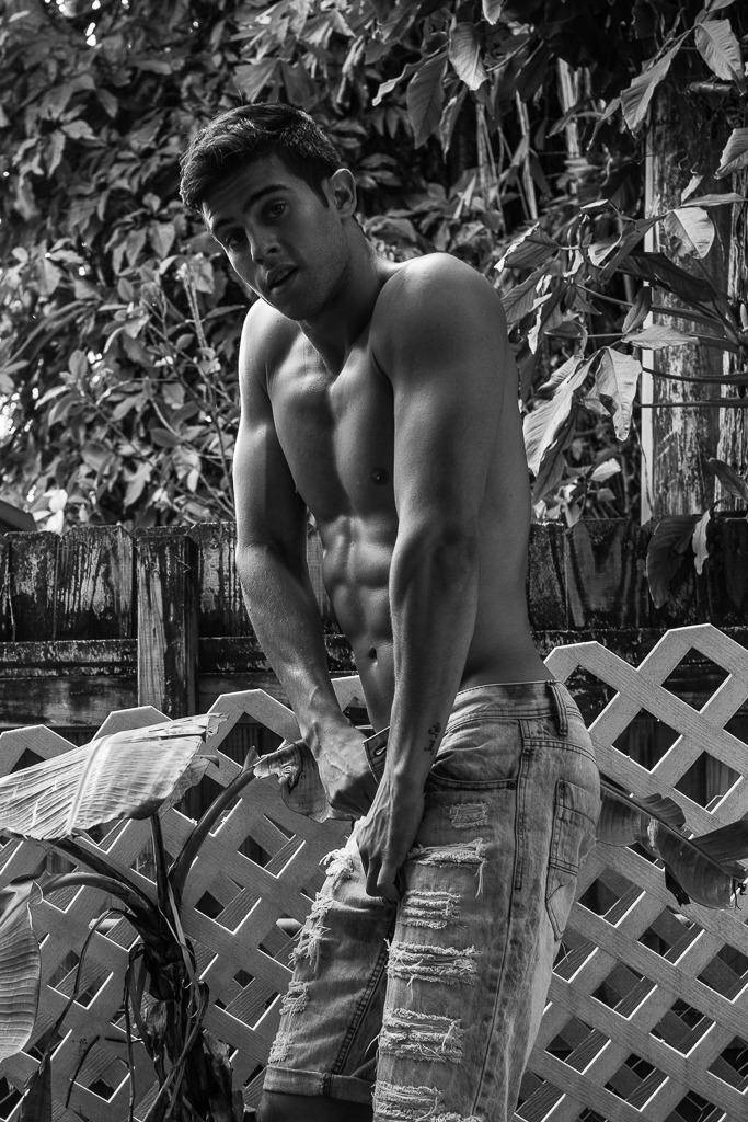 2018082011543090 - 黑白巴西肌肉男模 Andre Brunelli / Leandro Enne摄影作品