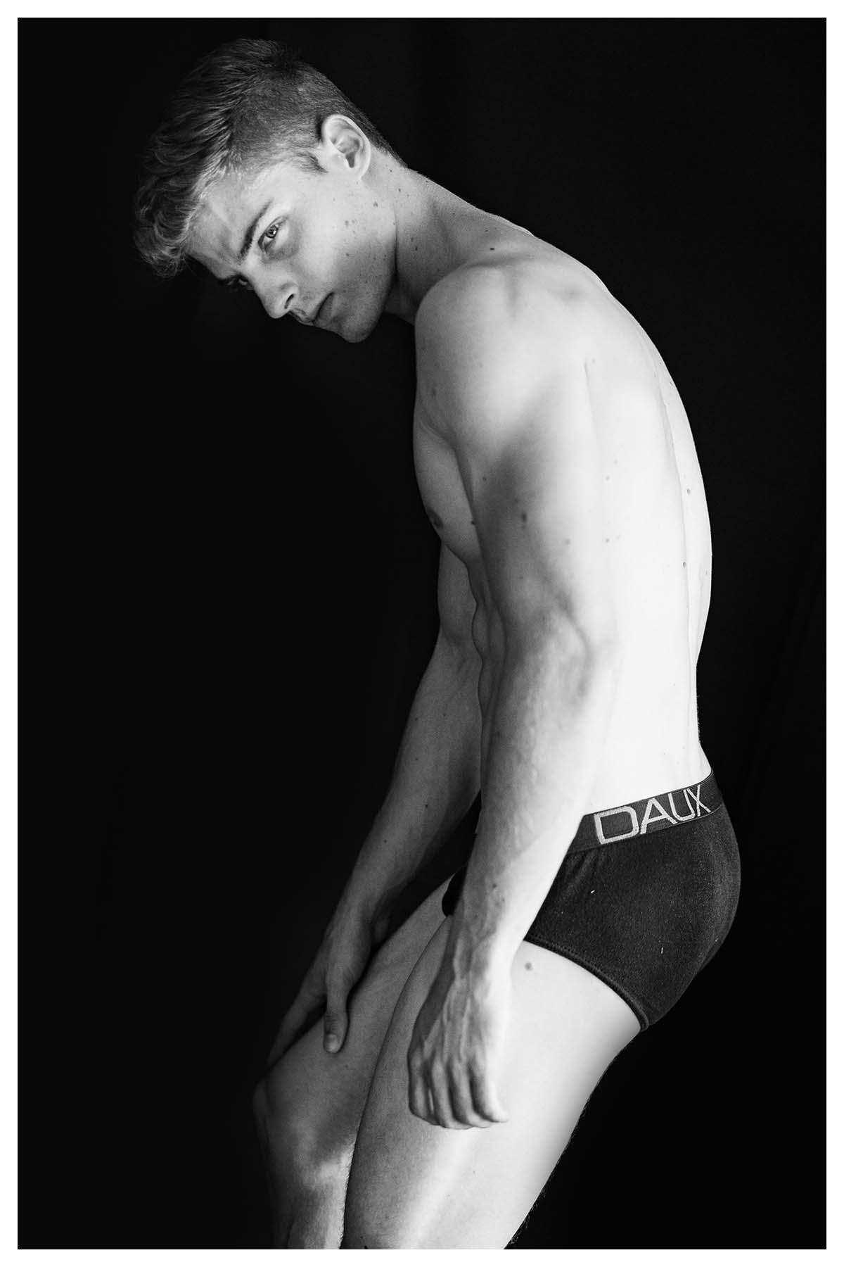 2018082103091177 - 金发帅气男模 Angelo Giacomini / Luis Ribeiro摄影作品