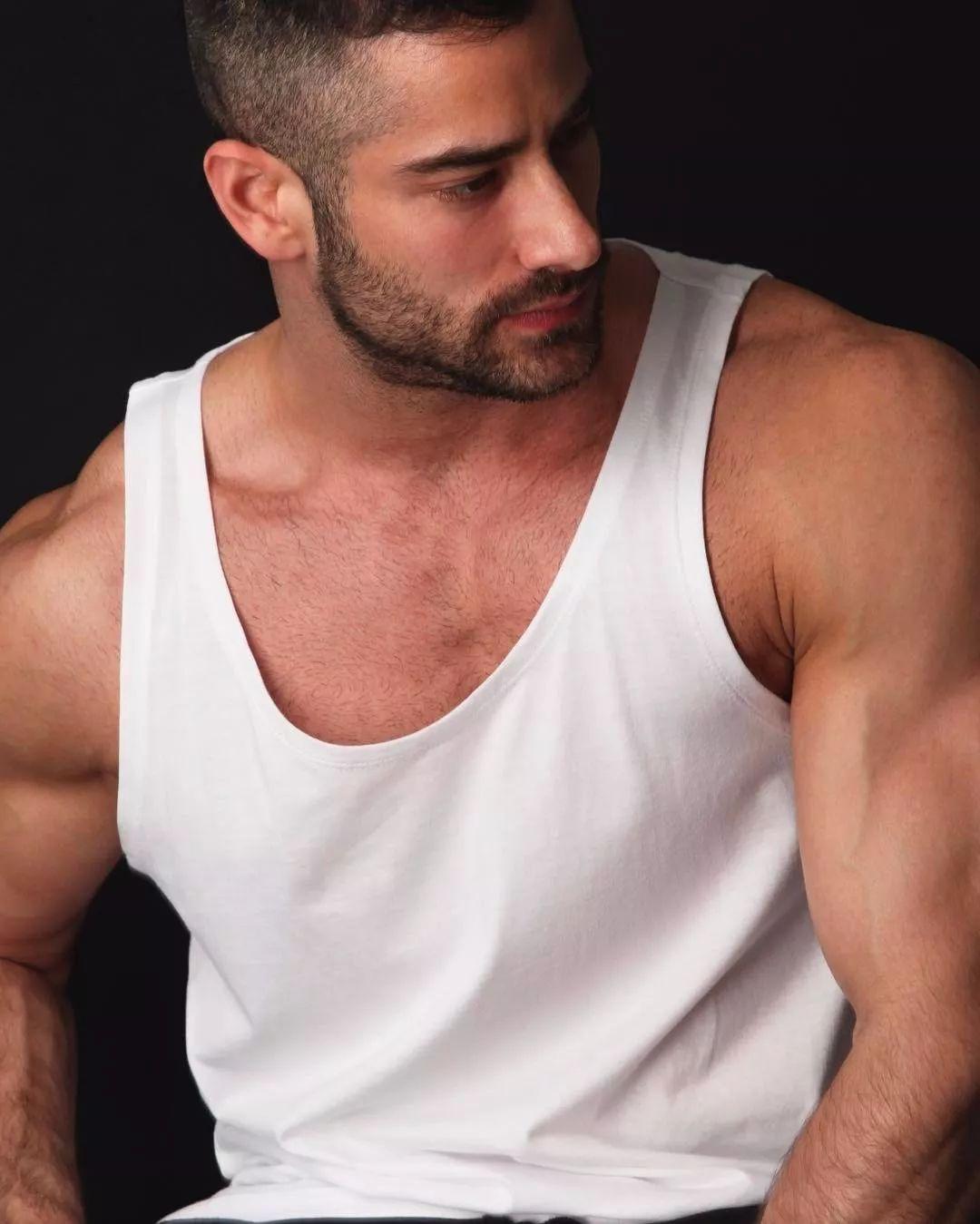 2018082109523570 - 国民老公级别西班牙男模:Jonathan Guijarro