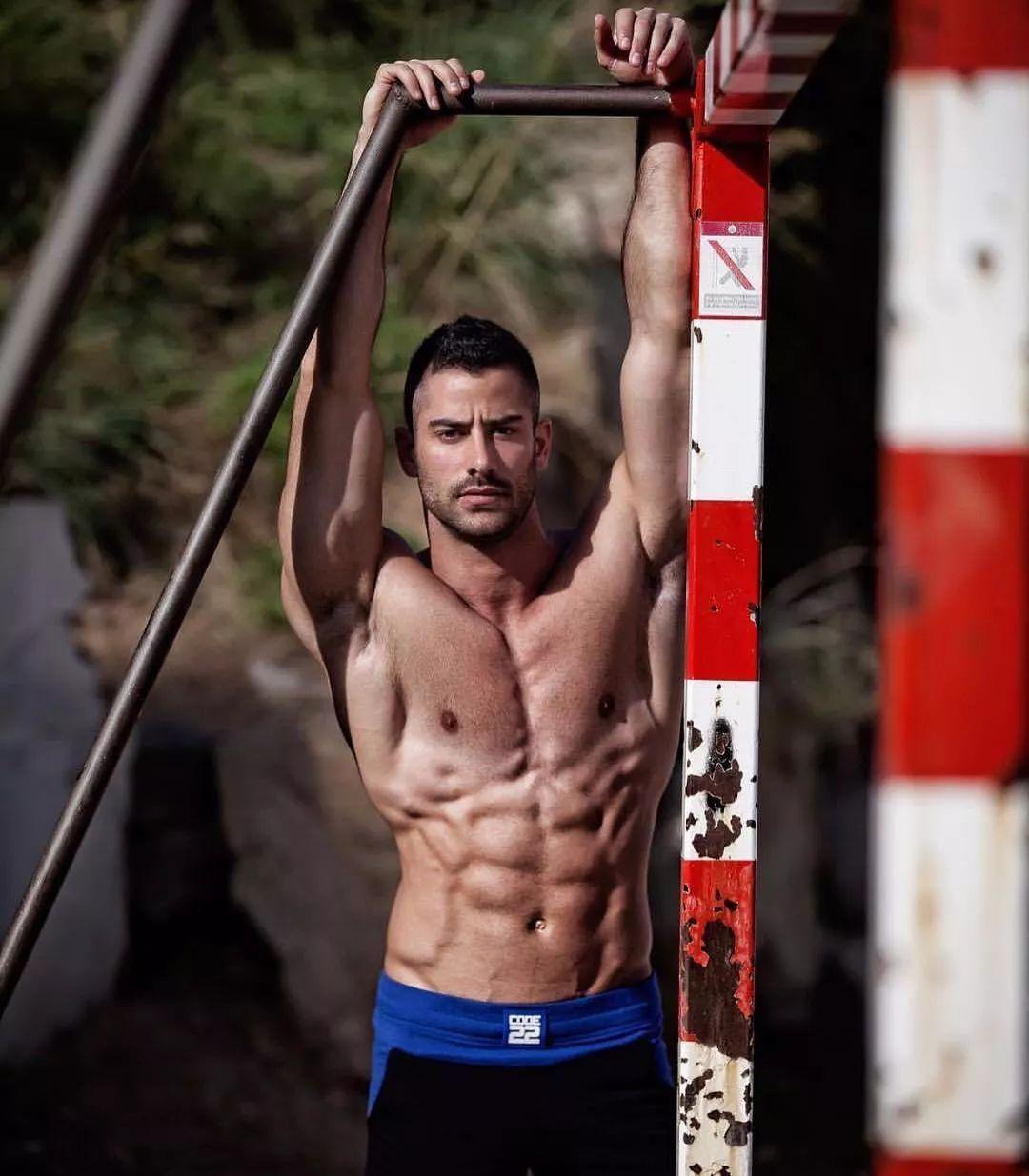2018082109524199 - 国民老公级别西班牙男模:Jonathan Guijarro