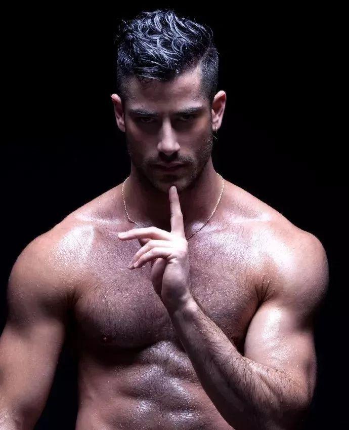 2018082109525349 - 国民老公级别西班牙男模:Jonathan Guijarro