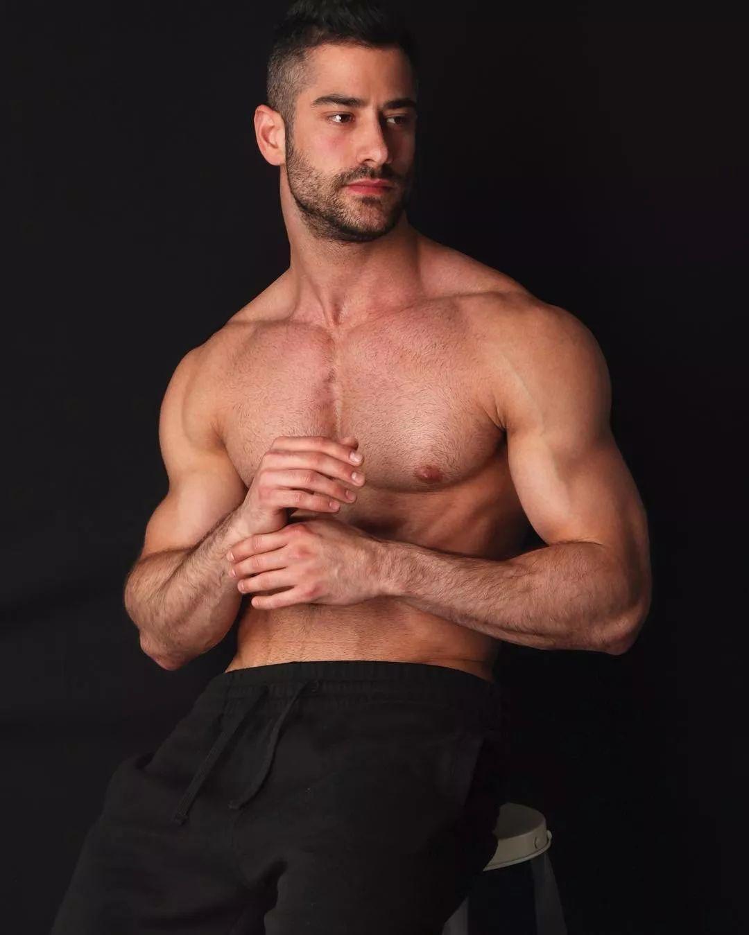 2018082109530657 - 国民老公级别西班牙男模:Jonathan Guijarro