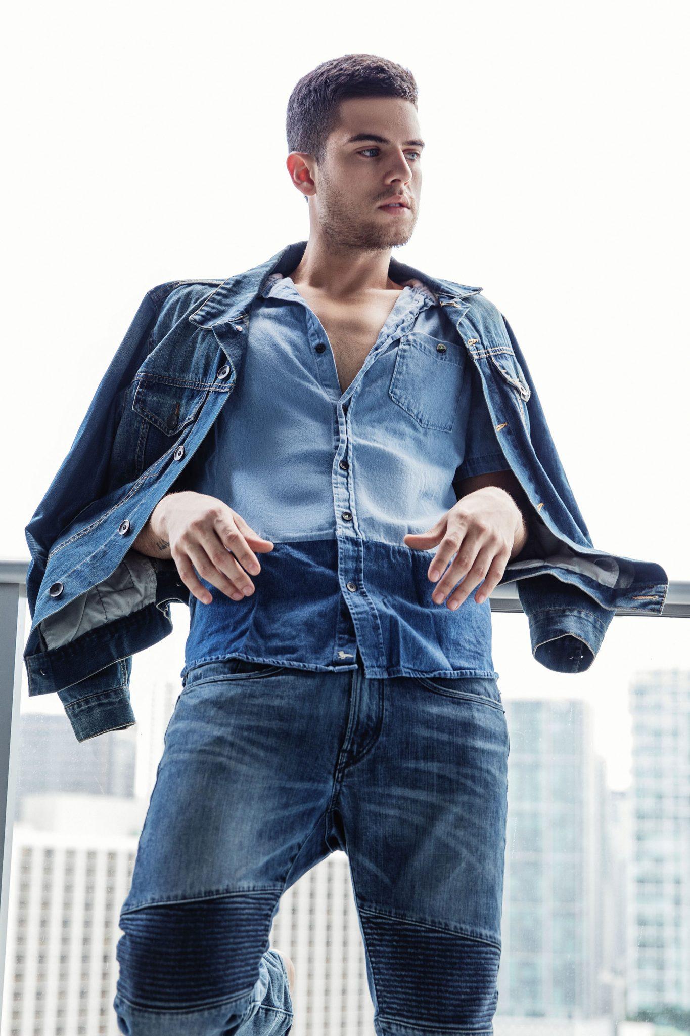 2018082202333267 - 巴西帅气肌肉男模 Andre Luis Brunelli / Alex Jackson摄影作品
