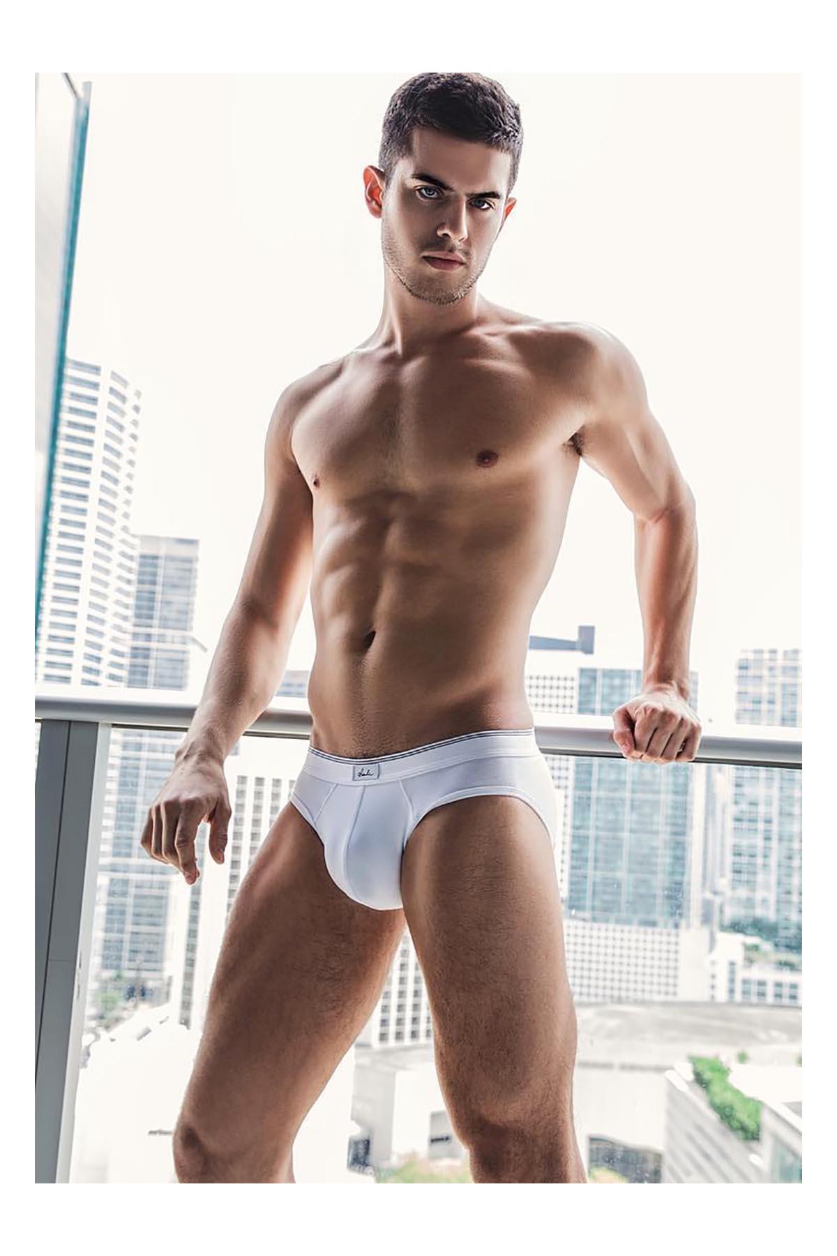 2018082202333630 - 巴西帅气肌肉男模 Andre Luis Brunelli / Alex Jackson摄影作品
