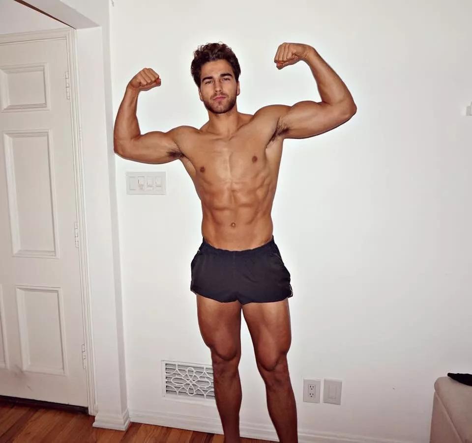 2018082905450978 - 爆红健身男孩Nic Palladino,他满足了我对青春的所有向往!