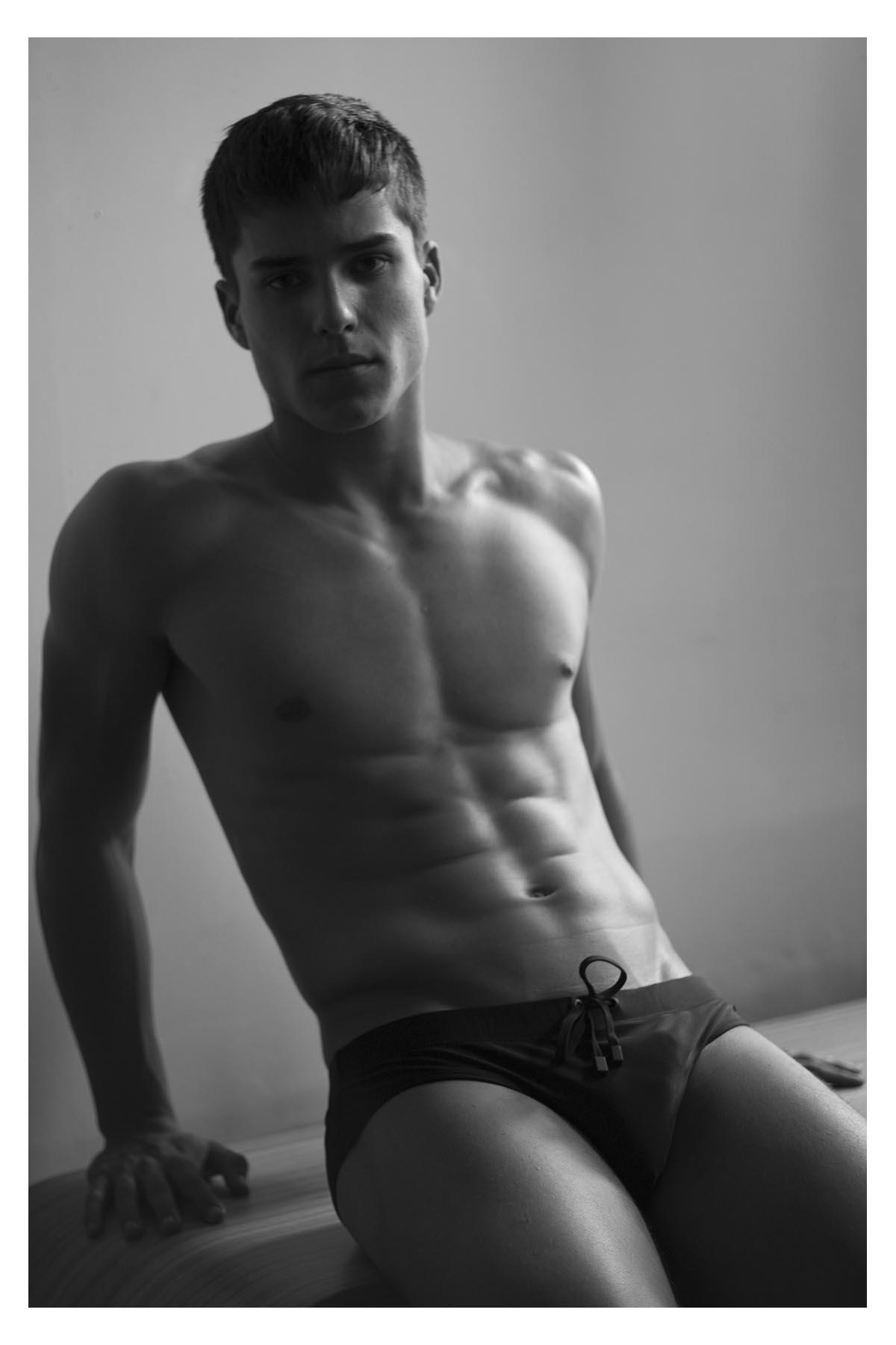 2018090103120435 - 巴西肌肉男模 Pedro Maia / Filipe Galgani摄影作品