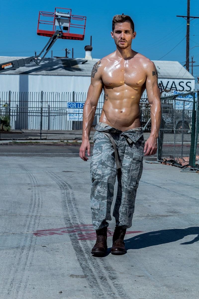 2018100210513178 - 来自美国的军装牛仔模特 Cody Fitzpatrick
