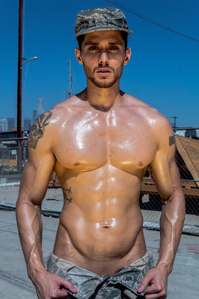2018100210514339 - 来自美国的军装牛仔模特 Cody Fitzpatrick