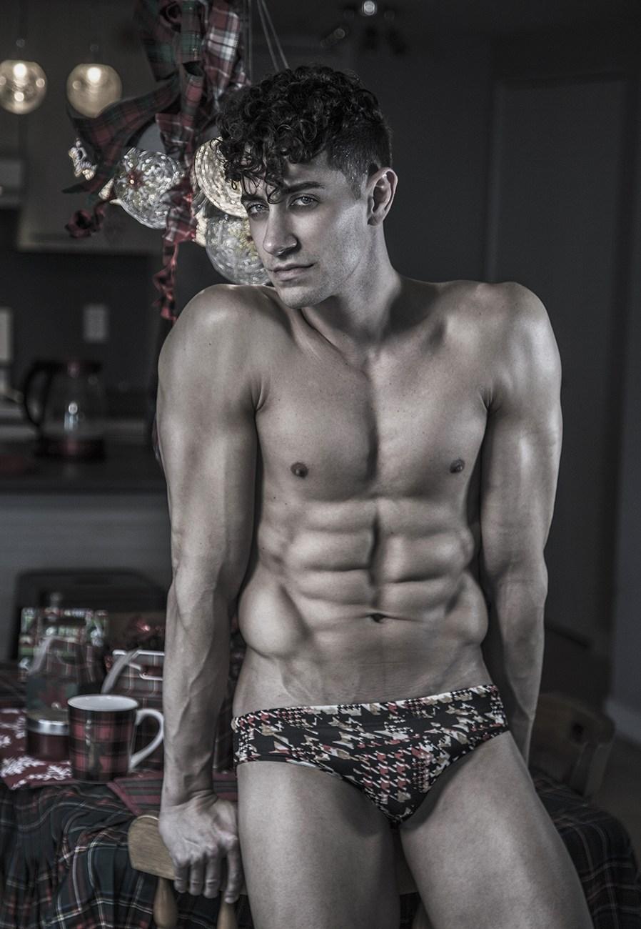 bed santa2018 reid kelly vincentchine06 9 12 - 欧美肌肉男模 Reed Kelly / Vincent Chine 摄影作品