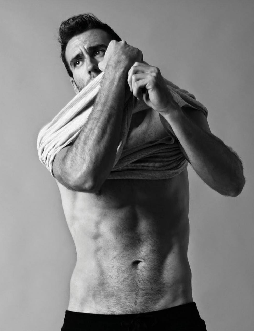 005BCJ4ogy1g0xewee7cwj30rs109tbl - 曾在哈利波特中饰演纳威·隆巴顿的男模 Matthew Lewis 马修·路易斯