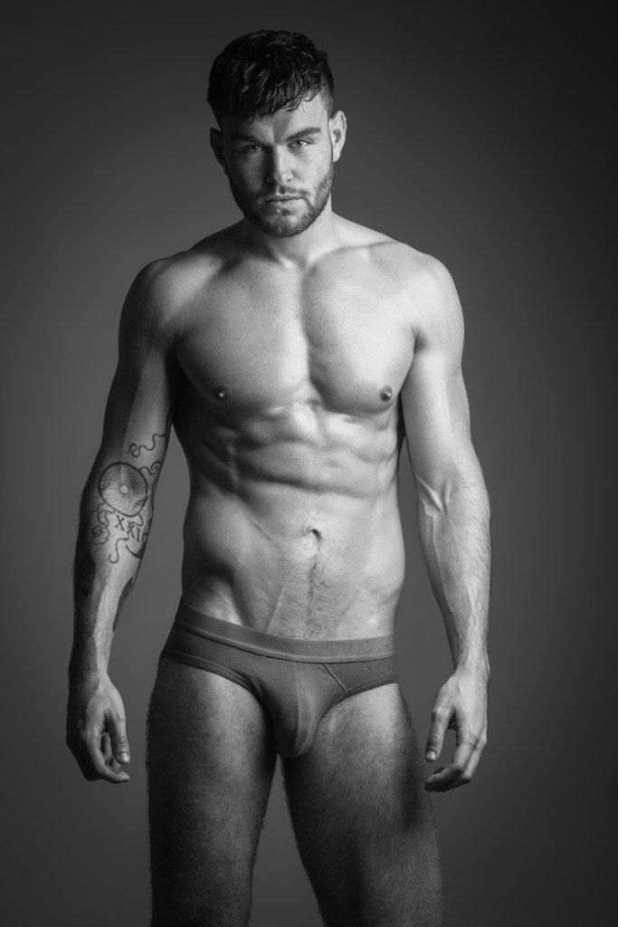 006Fzy5igy1g0u4jmv11ej30iz0sggn4 - 脱衣显肉的英国伦敦肌肉男模 Alastairprime