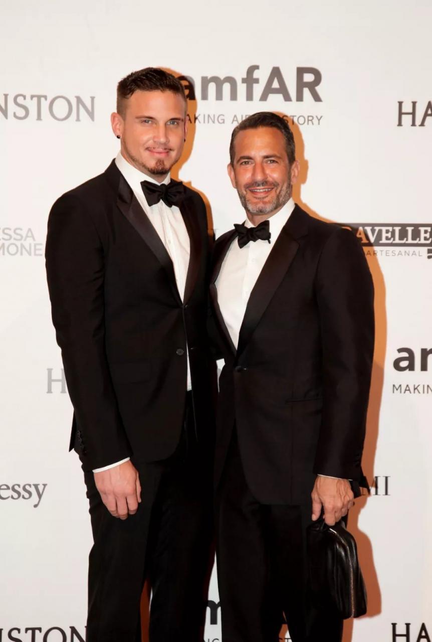86a4a5eb50fb4636b470ec2acc524d59 1 - 小马哥Marc Jacobs与男友举办婚礼,半个时尚圈都去捧场!