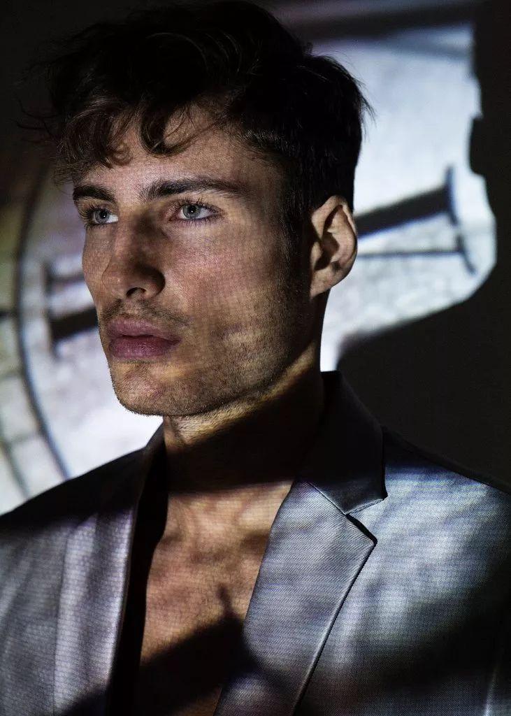 a7e455c126194535ab453432f71a964b - 来自奥地利的男模Christoph Leitner成为了时装周的热门