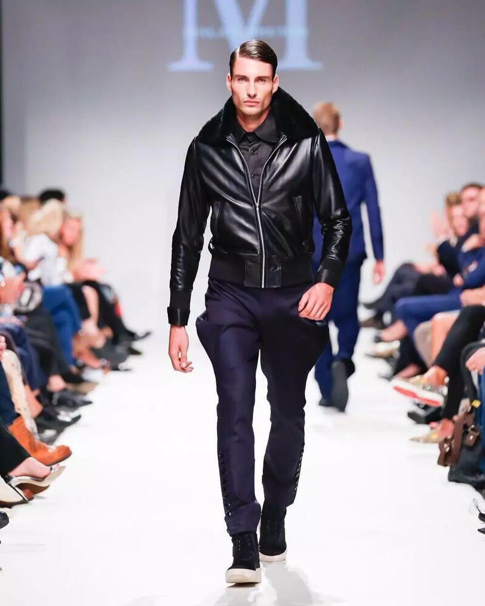 e8488c44e9454e6bac455055f37f3a1c - 来自奥地利的男模Christoph Leitner成为了时装周的热门